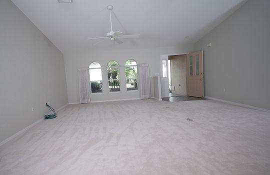 8266 Lakeside Dr Englewood FL