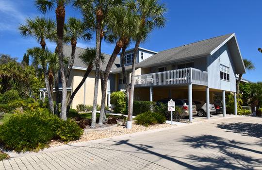 6005 N Beach Rd in Englewood FL