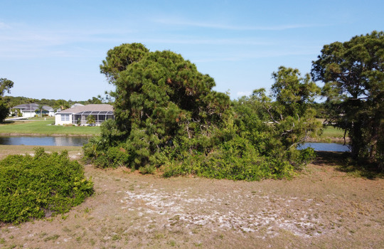 Waterfront lot in Rotonda West