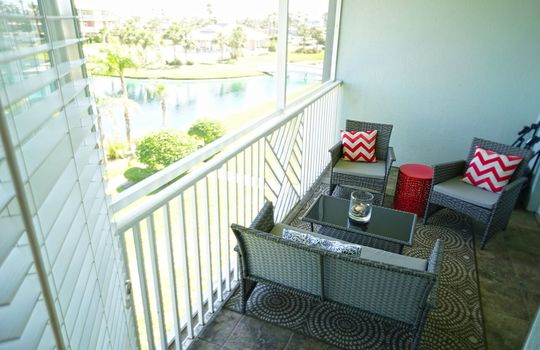 Private Screened Balcony Water Views