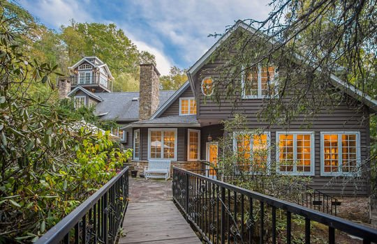 Fine mountain homes for sale in Highlands