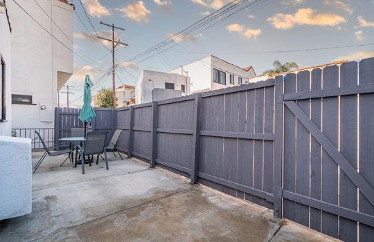 217-glendora-ave-long-beach-ca-90803-back-patio