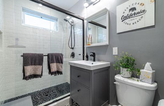 217-glendora-ave-long-beach-ca-90803-bathroom-1