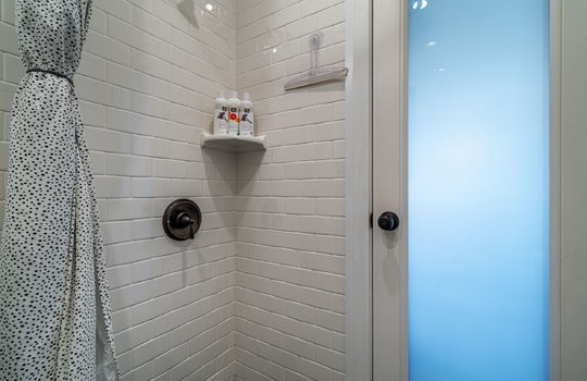 217-glendora-ave-long-beach-ca-90803-bathroom-c