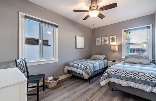 217-glendora-ave-long-beach-ca-90803-bedroom