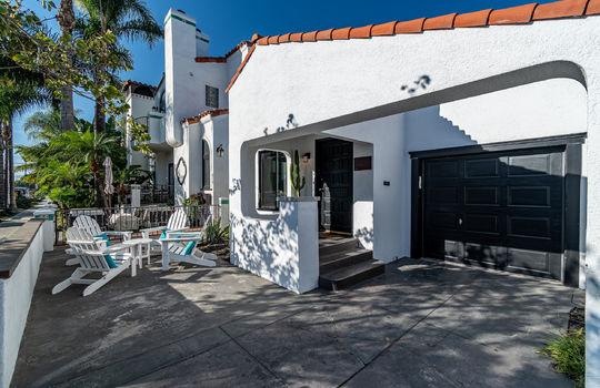 217-glendora-ave-long-beach-ca-90803-front-driveway