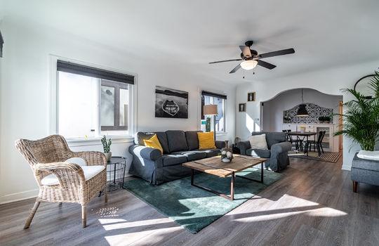 217-glendora-ave-long-beach-ca-90803-living-room