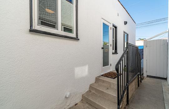 217-glendora-ave-long-beach-ca-90803-side-door