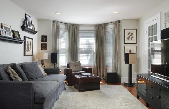 555 Woodland Ave Mountainside-large-025-017-Family Room-1500×1000-72dpi