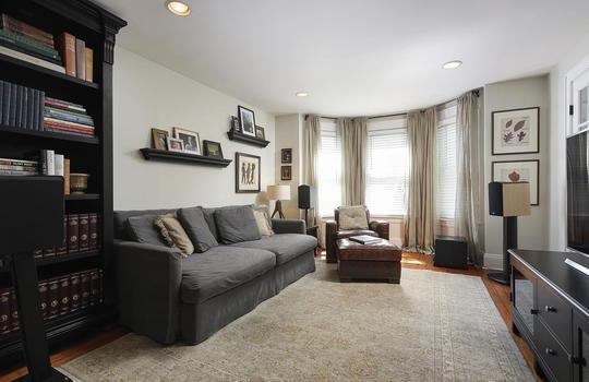 555 Woodland Ave Mountainside-large-026-026-Family Room-1500×1000-72dpi