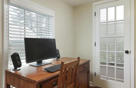 555 Woodland Ave Mountainside-large-034-023-Master Bedroom-667×1000-72dpi