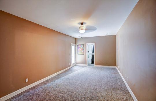 112 Mussel Basement Room2