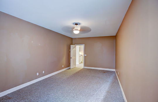 112 Mussel Basement Room