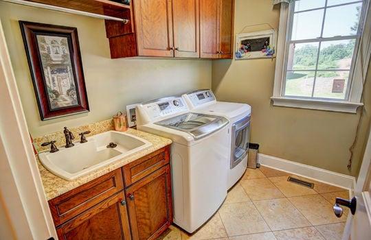 251 Laundry