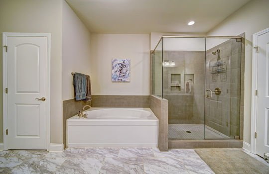 Master Suite Spa Like Bathroom