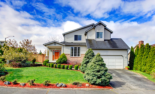5 Reasons To Sell Your Chicago Home In the Spring