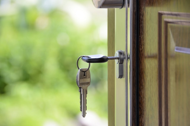 Chicago Home Buyer? Find Out How to Ensure A Stress-Less Closing