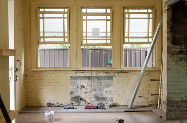 Should You Buy A Chicago Fixer Upper?