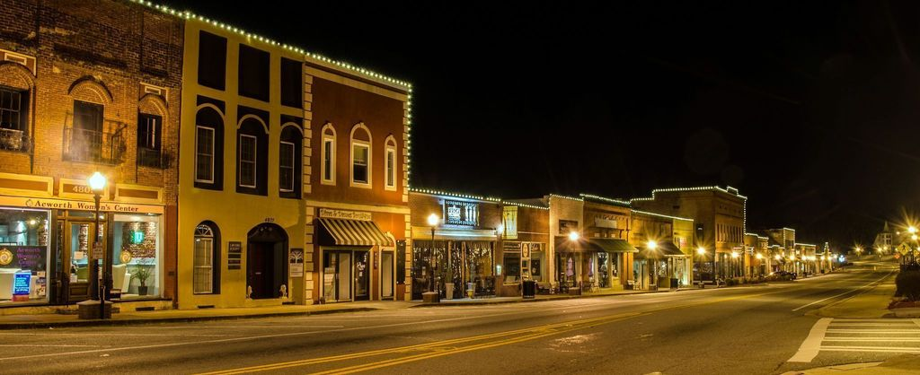 Night Shot — Downtown Acworth