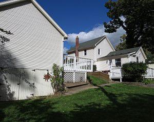 624 Spencer Rd Backyard