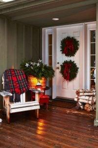 holiday porch decorating