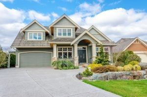 Curb Appeal Helps Sell Homes For More