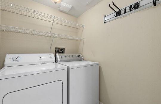 017_Laundry Room