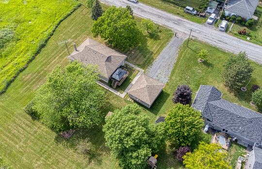 5755 Front Road-17