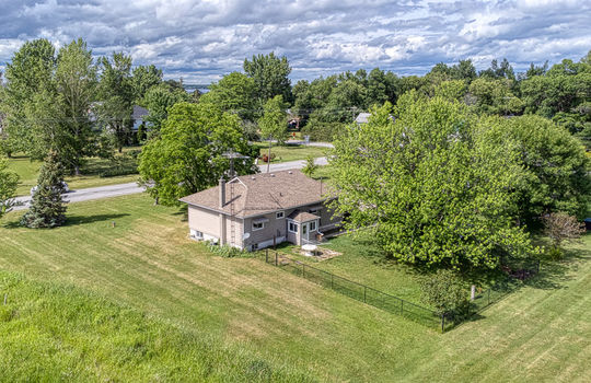 5755 Front Road-20