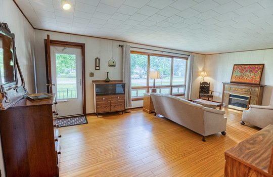 5755 Front Road-24