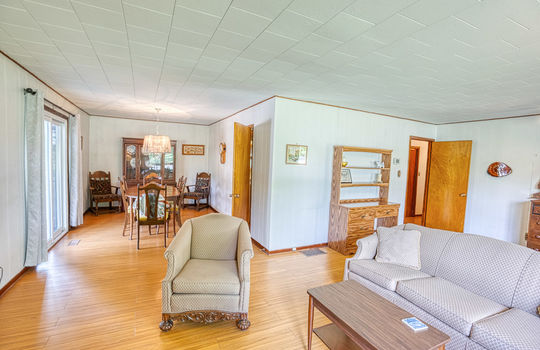 5755 Front Road-29