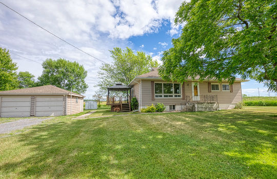 5755 Front Road-3