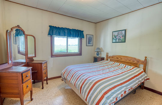 5755 Front Road-42