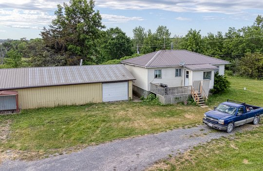7720 Front Rd-10