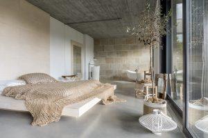 luxury bedroom LWRealty.ca