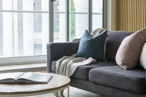 couch - Lynn & Lorna's blog