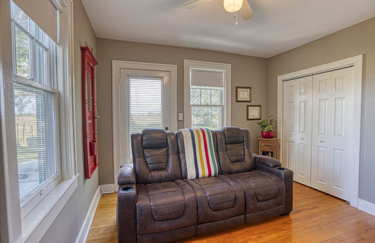 5105 Front Road-75
