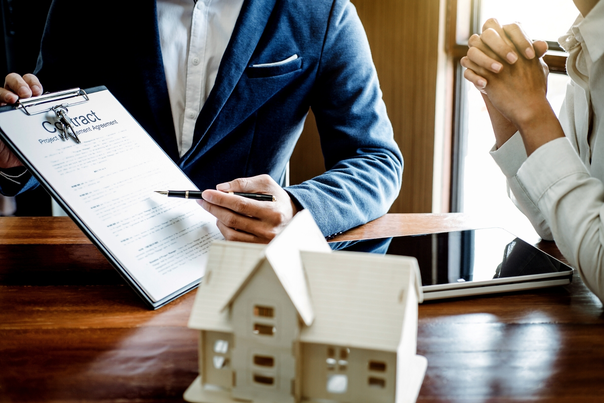 Pointing at mortgage contract