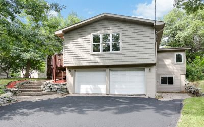 Little Canada home SOLD – 319 Savage Lane!