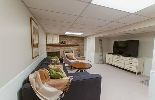 1055 Basswood Crt Oshawa - Rec Room