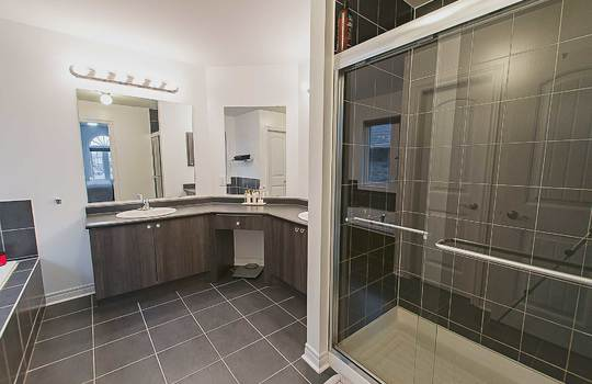 33 Crellin St., Ajax - Master Ensuite Bath