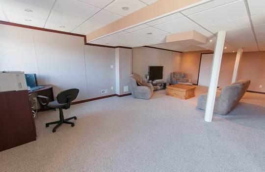 39 Kersey Cres Courtice - Rec Room