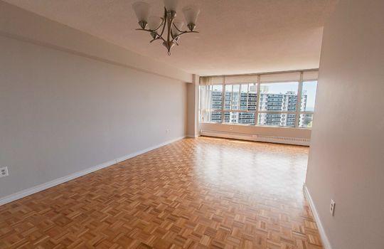 3380 Eglinton Ave E., #1680, Toronto - Living Room