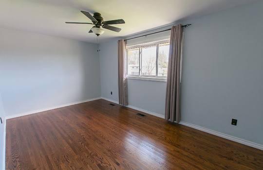 572 Veterans Rd., Oshawa - Master Bedroom