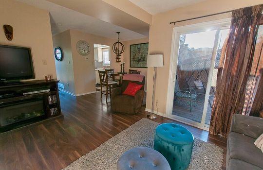 690 Hayes Ave., Oshawa - Living & Dining Room