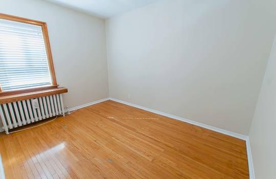 121 Belgravia Avenue, Toronto - Bedroom 1