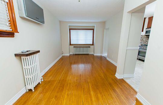 121 Belgravia Avenue, Toronto - Living/Dining Room