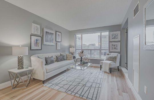 Living Room - 887 Bay St #661, Toronto
