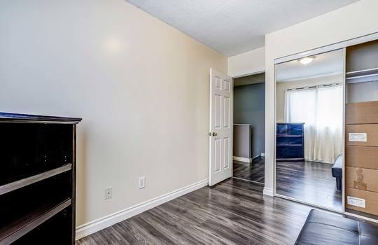 loor Hallway - 960 Glen St Oshawa2nd Floor Hallway - 960 Glen St Oshawa2nd Floor Hallway - 960 Glen St Oshawa