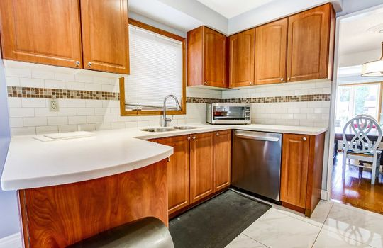13 Addley Cres., Ajax - Kitchen
